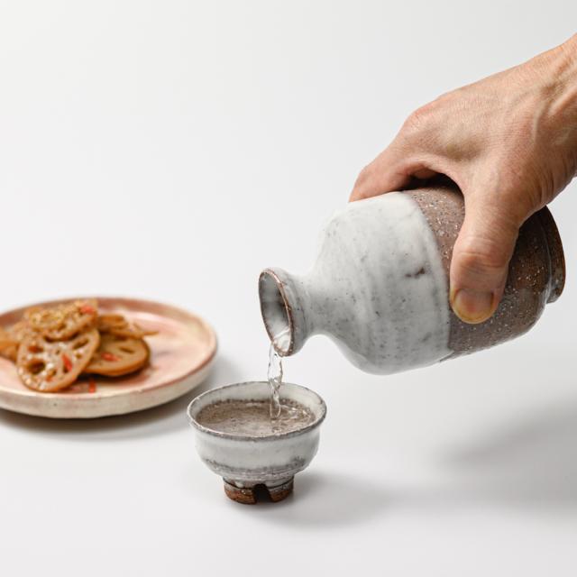 萩焼(伝統的工芸品)徳利のイメージ