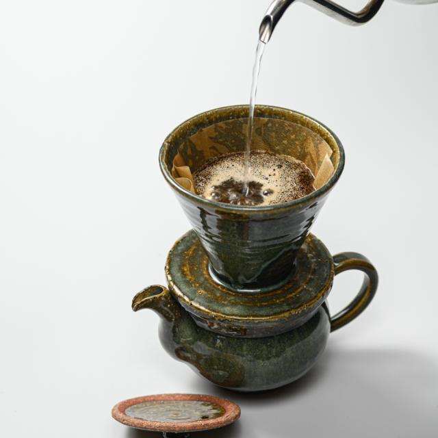萩焼(伝統的工芸品)ドリッパーのイメージ