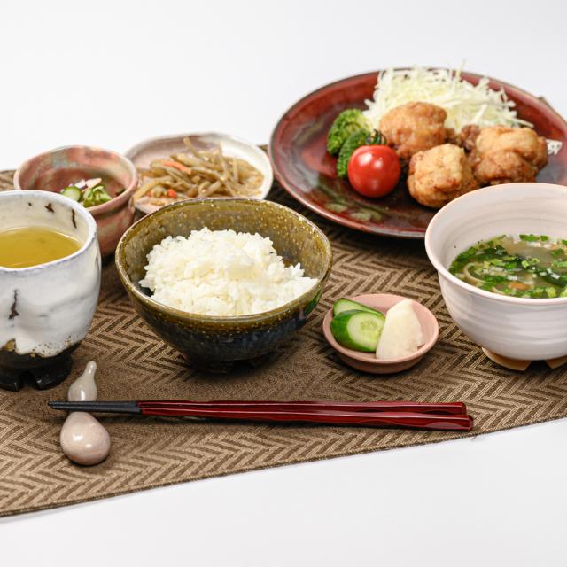 萩焼(伝統的工芸品)飯碗のイメージ