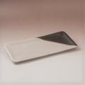 萩焼(伝統的工芸品)タタラ平皿掛分け(わら&黒釉)四方11×24