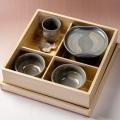 萩焼(伝統的工芸品)お食い初め膳刷毛青「箱入り坊ちゃん」塗り箱入り