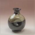 萩焼(伝統的工芸品)徳利掛分け(黒釉&わら)丸えくぼ
