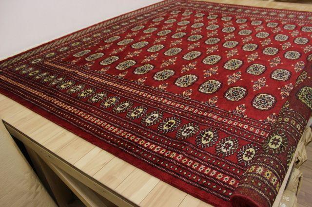 カーペット 絨毯 早い者勝ち!本物のパキスタン製 ウール100% 手織り緞通 現品限り 品名 PAKISTAN 約4.5畳 約244×244cm