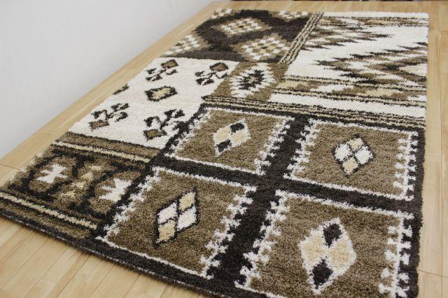半額以上の安さ!ラグ モダン ベルギー製 ウィルトン織り カーペット 絨毯 【品名 廃盤ミラノモダン 】 約1.5畳 135×190cm