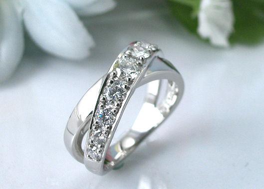 サンクスデイズ プラチナダイヤモンドリング