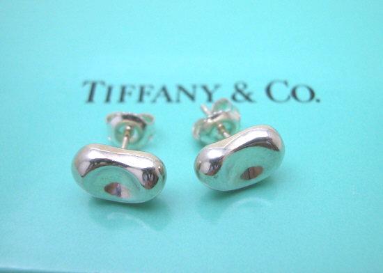 ティファニー Tiffany&Co. ビーンズミニピアス