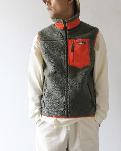 patagpniaのベストのモデル着用画像