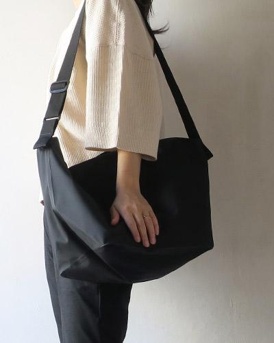 DESCENTEのバッグのサムネイル画像