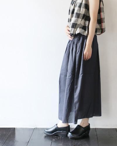 evamevaのスカートのモデル着用画像