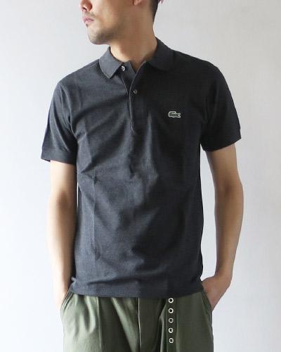 LACOSTEのポロシャツのサムネイル画像