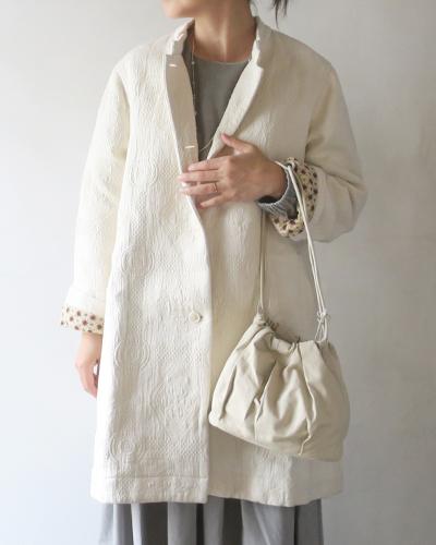TIGRE BROCANTEのコートのサムネイル画像