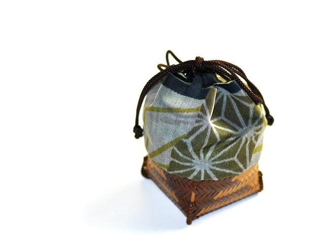 籠巾着HAKO 鉄線蓮 ぐい呑み入れ 竹かご巾着 通販