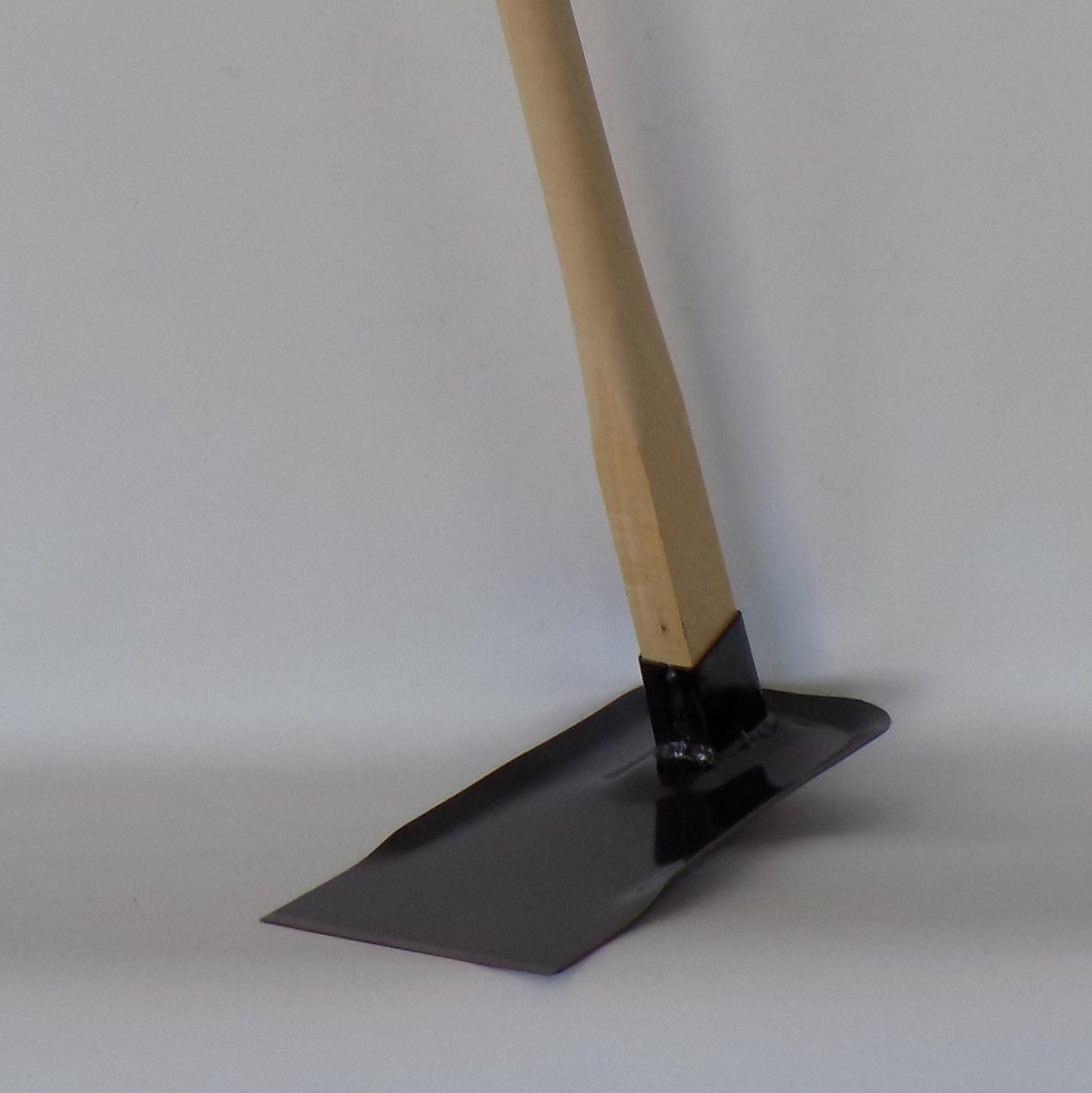 【家庭菜園鍬 極(きわみ) 】お客様の声から生まれたオリジナルの平鍬