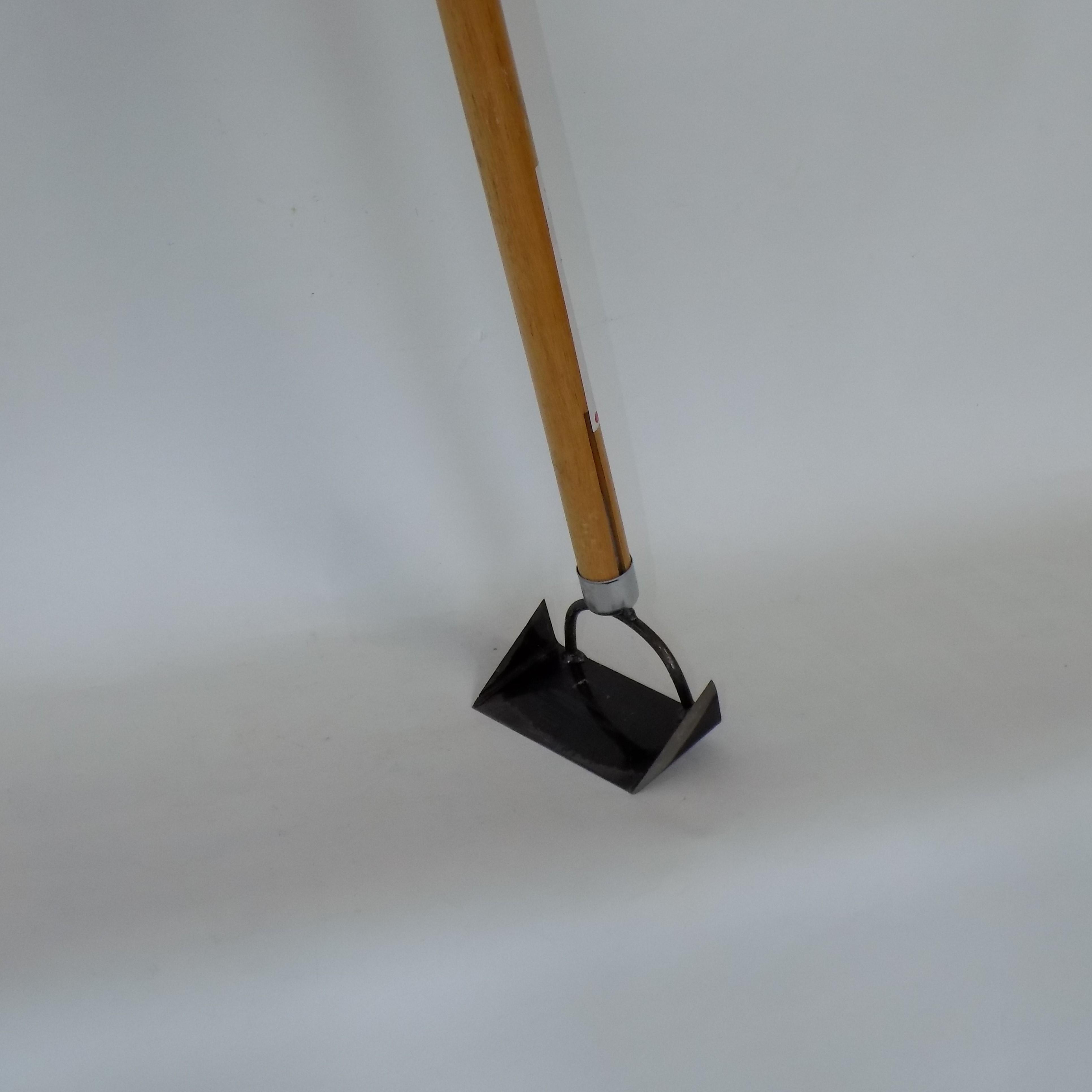 【側溝ジョレン】側溝の清掃時の雑草かき 家庭菜園の草削りにも使える