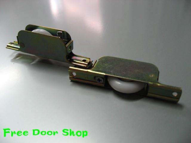 鉄枠調整戸車(V型)2個入 (m-008)