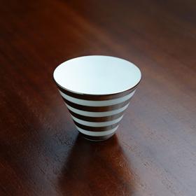 【水晶彫の丹心窯】ボーダーシリーズ Vカップ