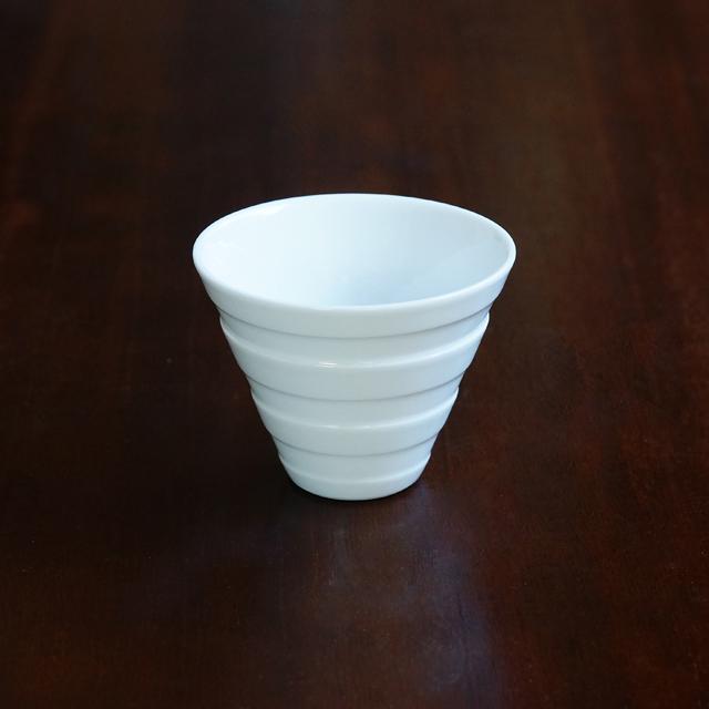 【水晶彫の丹心窯】白磁ボーダー Vカップ