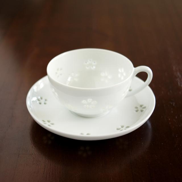 水晶花詰ティーカップ&ソーサー