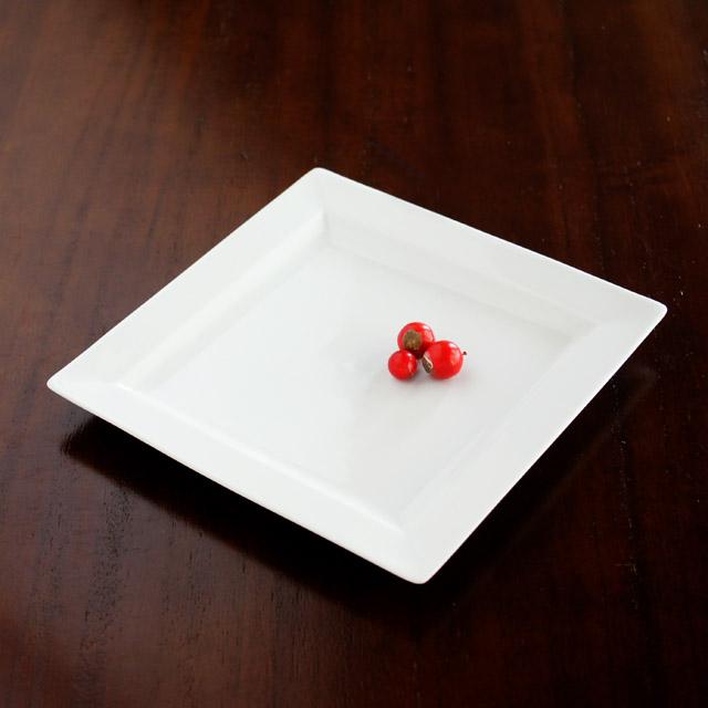 【水晶彫の丹心窯】 ヒルハウス(白磁) スクエアプレートM