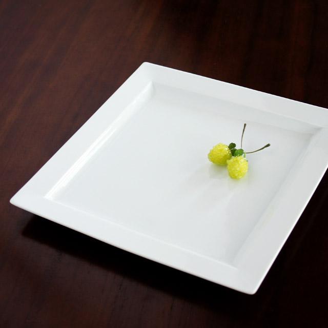 【水晶彫の丹心窯】 ヒルハウス(白磁) スクエアプレートL