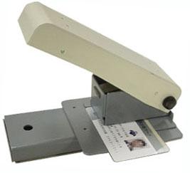 ICカードパンチ M