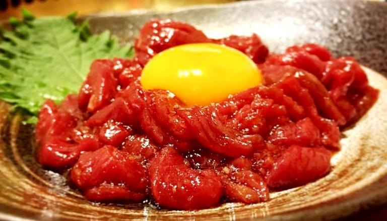 【国産】 桜ユッケ≪馬刺しのユッケ≫ 1P/  1人前