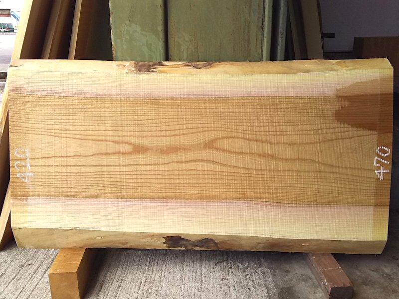 K-584 欅ケヤキ 国産 天然耳付き板 1020×550 天然乾燥材