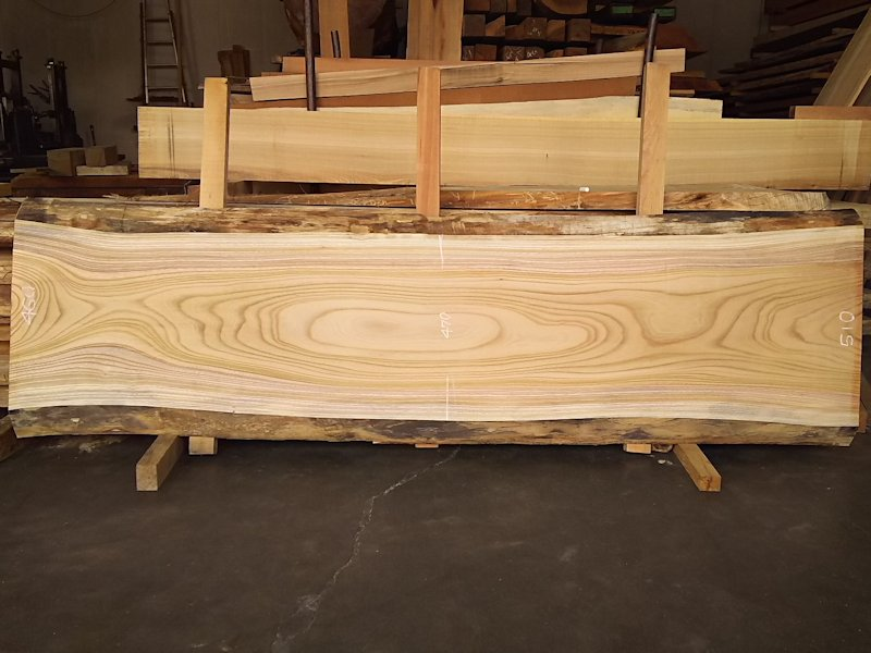 K-591 欅ケヤキ 国産 天然耳付き板 2100×600 天然乾燥材 表面加工済