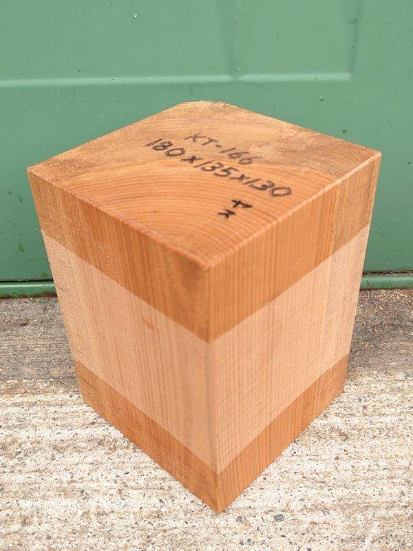 KT-166 桂カツラかつら 国産 彫刻用材 180×135×130 乾燥材