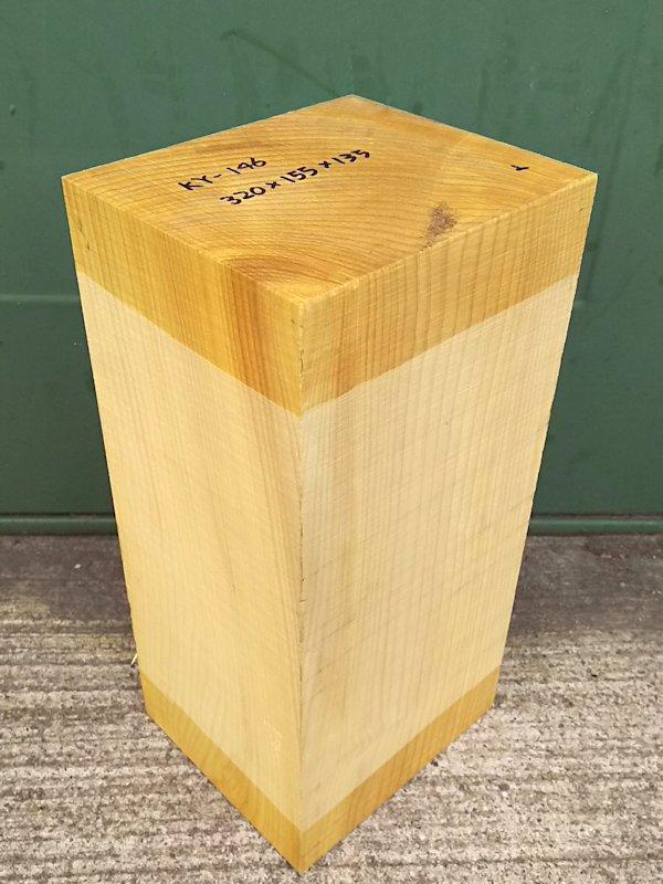 KY-146 榧カヤかや 国産 彫刻用材 320×155×135 乾燥材