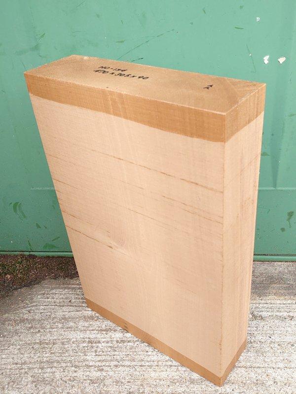 HO-134 朴ホウノキほうのき 国産 彫刻用材 470×305×90 乾燥材