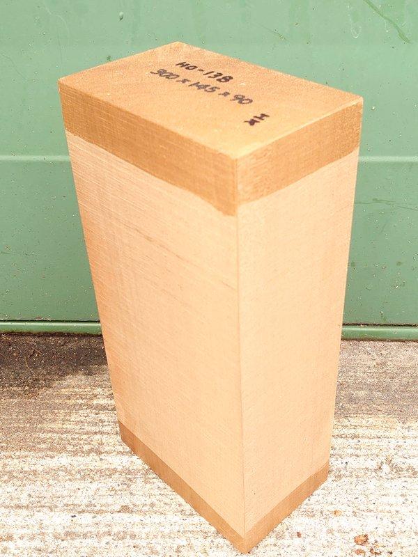HO-138 朴ホウノキほうのき 国産 彫刻用材 300×145×90 乾燥材