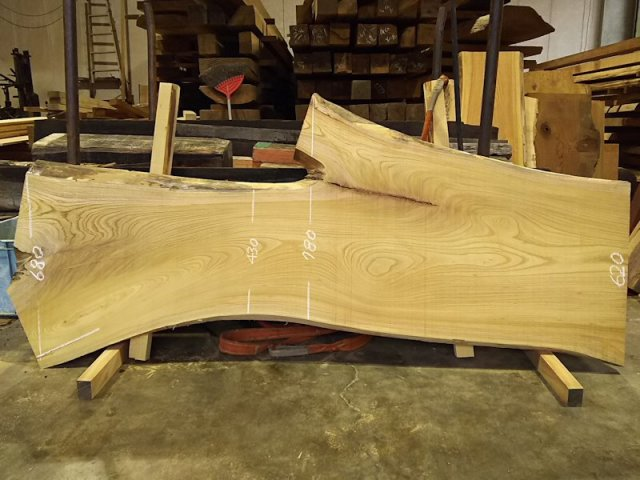 K-558 欅ケヤキ 国産 天然耳付き板 2000×700 天然乾燥材