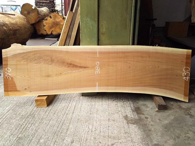K-574 欅ケヤキ 国産 天然耳付き板 1530×400 天然乾燥材