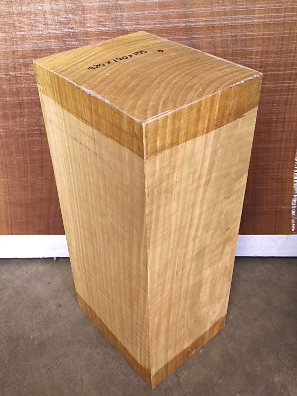 SA-195 真桜(山桜) 国産 彫刻用材 420×190×155