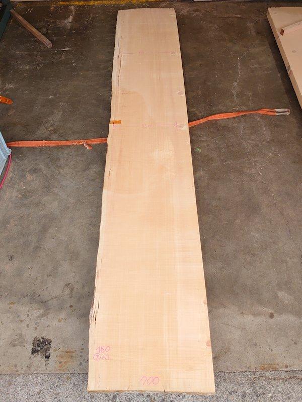 SP-111 スプルース 片耳付き柾目節有カウンター 4150×700 天然乾燥材