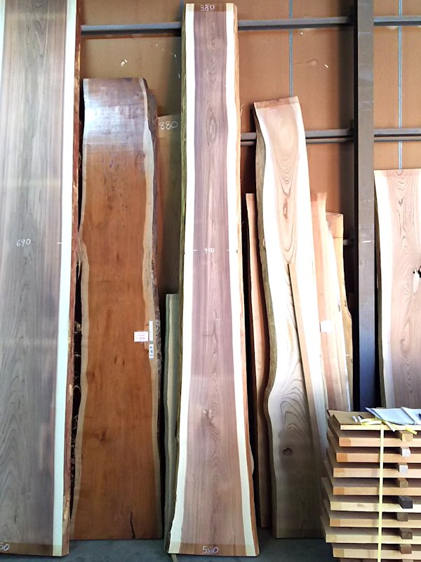 S-231 杉スギすぎ 国産 天然耳付き板 4100×400 天然乾燥材