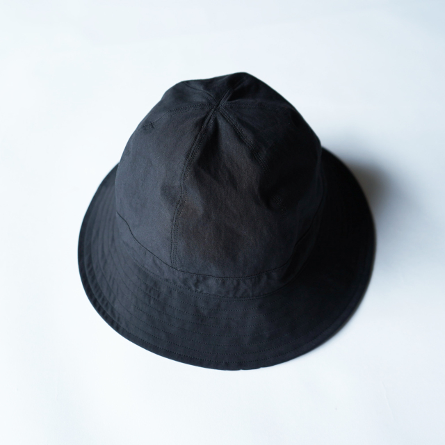 COMESANDGOES TYPEWRITER BALLOON HAT BLACK