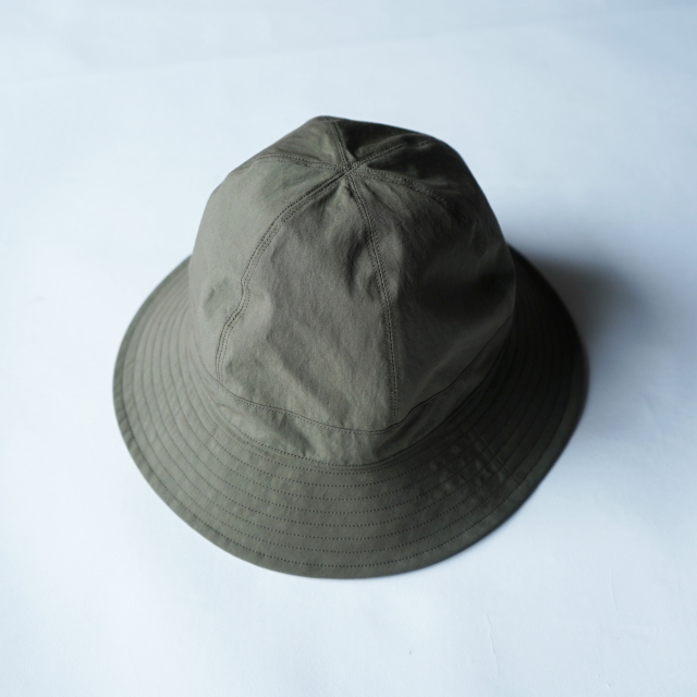 COMESANDGOES TYPEWRITER BALLOON HAT OLIVE