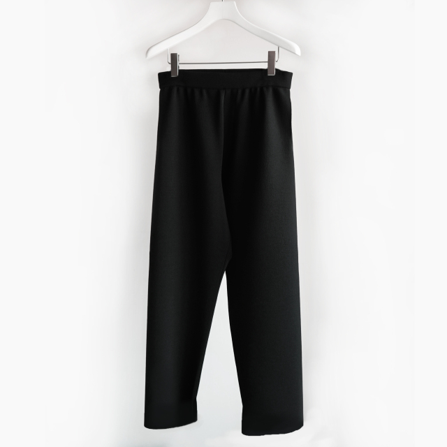 AURALEE WOOL RECYCLE POLYESTER HIGH GAUGE RIB KNIT PANTS BLACK