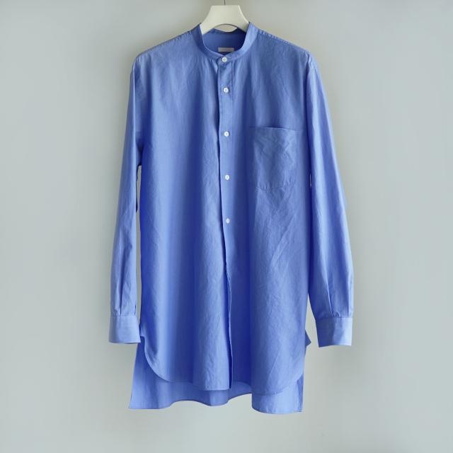 COMOLI バンドカラーシャツ SAX