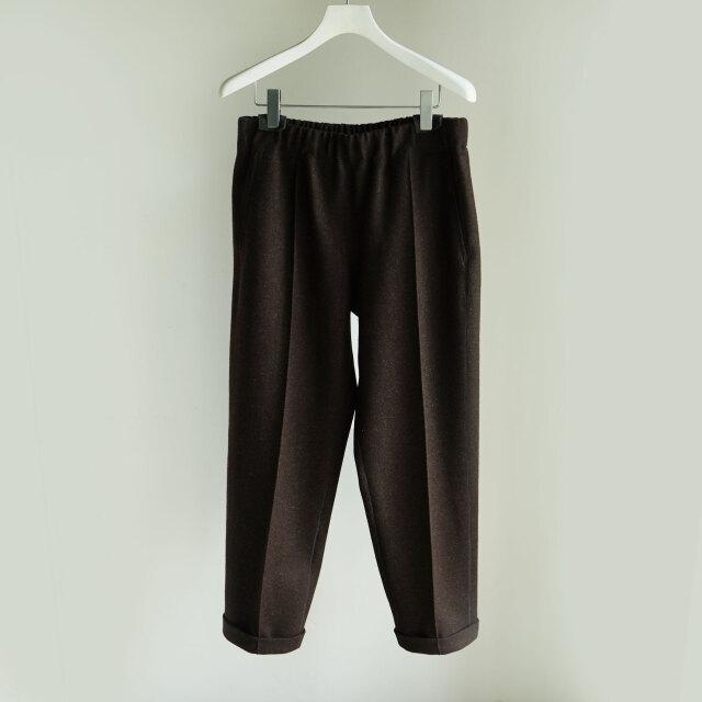 Cale natural wool felt trousers BROWN