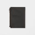 TF パスポートサイズ レザージッパーケース 黒 (07100627)
