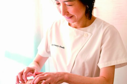 *開催延期 セミナー (TNCC本科会員価格)【5月26日開催】田中玲子先生の 「美点マッサージで美眼・美顔」出版記念セミナー
