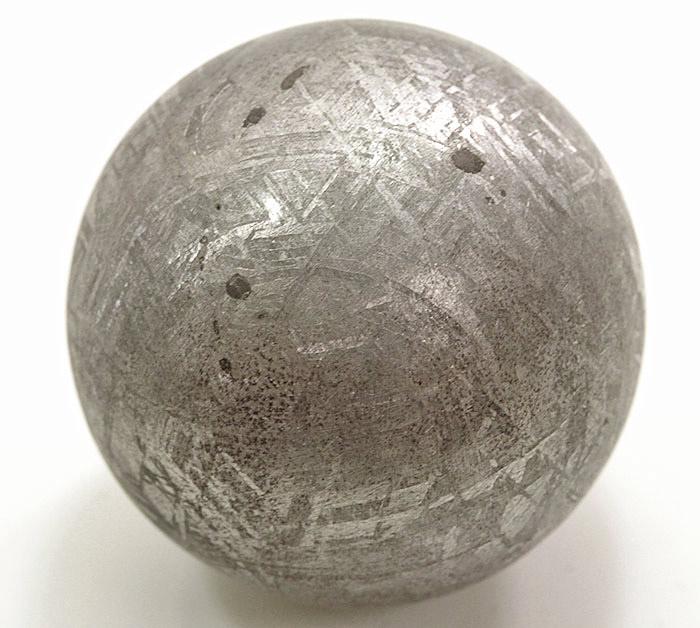 珍品!超限定!ギベオン隕石の丸玉 32.5mm【パワーストーン/天然石】