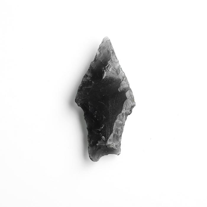 限定!縄文時代の和田峠の黒曜石=オブシディアンの矢尻【約35.6×16.4mm】 6