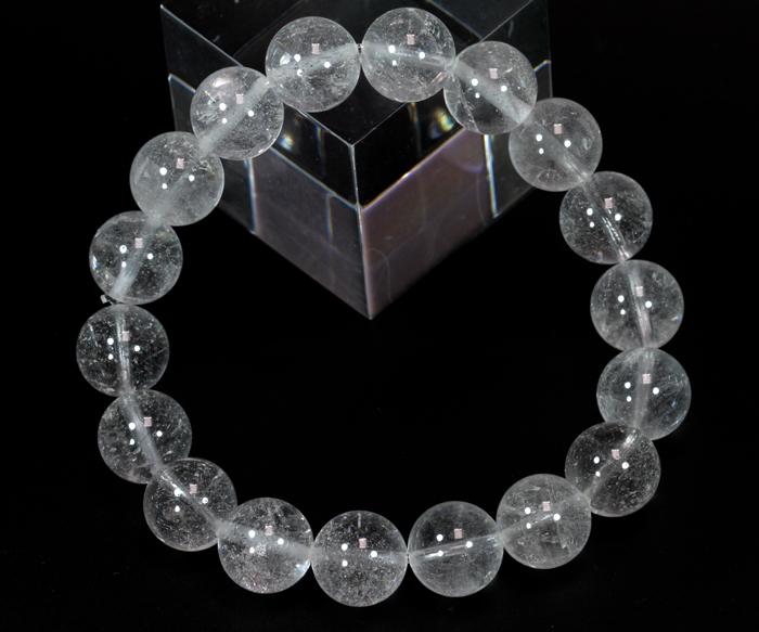 超限定【証明書付】ヒマラヤ・ネパール産のアンナプルナ水晶10mmブレス  【ハーフミルキータイプ】   /4月 【天然石・パワーストーン】