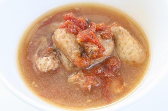 ビッグウッド 無投薬自然鶏ぼんじり肉のやわらかトマト煮込み