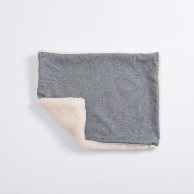 ルイスドッグ louisdog Aspen Furry Boom Cushion Cover