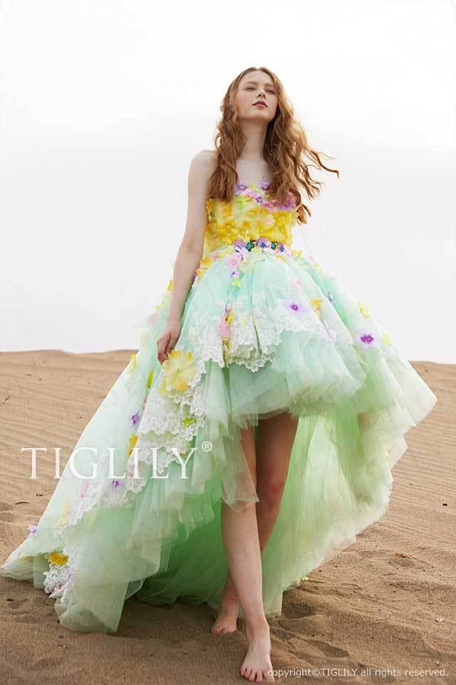 TIGLILY前丈が短い黄色のお花を使ったグリーンのフラワードレスc182